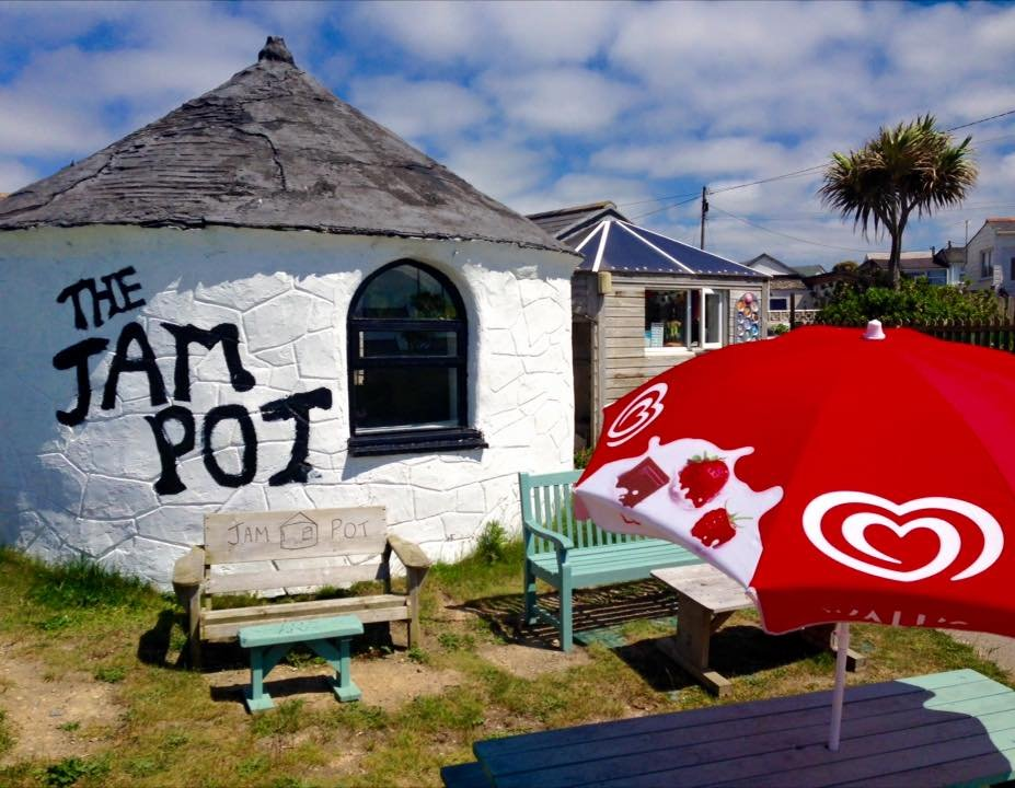 Jam pot, gwithian and godrevy dog friendly cafe