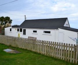 Pool Chalet, family holiday accomodation St Ives Bay, Cornwall.